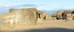 In Lokken errichtete die deutsche Wehrmacht 1942- 1944 Bunker für den Atlantikwall. Ihre Ruinen sind am Nordstrand zu sehen.