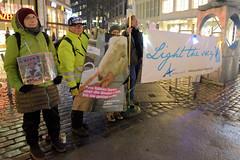 Mahnwache der animal angels am Ida-Ehre-Platz - Protest in der Hambuger Innenstadt gegen Tiertransporte .