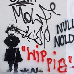 Graffiti / Murual an einer Hauswand in der Hamburger Innenstadt.