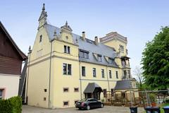 Rittergut Kötteritzsch, errichtet 1883 in Sermuth - Ortsteil von Colditz an der Mulde. Der Architekt des Schlosses war  Arved Roßbach - das Gebäude wurde im Baustil des Historismus / Neorenaissance errichtet.
