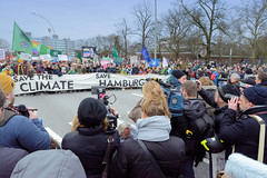 Fridays for Future - Klimastreik mit dem Motto - Hamburg wählt Klima - am 21.02.2020.