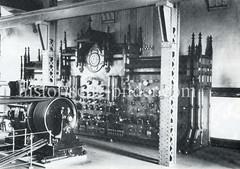 Schaltkasten der Engergie-Zentrale im Kesselhaus am Sandtorkai in der Hamburger Speicherstadt.