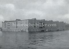 Historische Fotografie vom Speicher E am Melniker Ufer im Hamburger Moldauhafen.