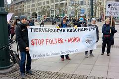 Protestaktion gegen das Tierversuchslabor LPT auf dem Hamburger Rathausplatz am 08.02.20.