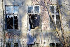 Fotos aus der Stadt Ludwigslust in Mecklenburg-Vorpommern - leerstehendes Wohnhaus an der Grabower Allee.