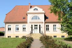 Lübtheen ist eine Stadt im Landkreis Ludwigslust-Parchim in Mecklenburg-Vorpommern und gehört zur Metropolregion Hamburg.
