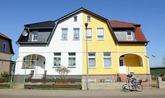 Dömitz  ist eine Landstadt im Südwesten Mecklenburgs im Landkreis Ludwigslust-Parchim und liegt an der Elbe.
