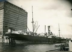 Altes Bild vom   Union-Kühlhaus in Hamburg Neumühlen.