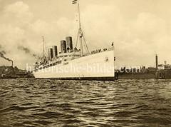Vergnügungsdampfer Viktoria Luise der Hamburg Amerika Linie, erbaut 1900.