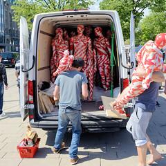 "Kunst-Installation ""It is like it is"" - Mahnmal zur Coronakrise, Hamburger Jungfernstieg - 11.05.2020."