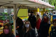 Bilder vom Wochenmarkt - Goldbekmarkt in Hamburg Winterhude zu Corona-Zeiten.