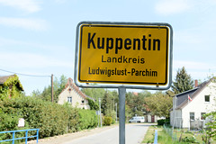 Kuppentin liegt im  Landkreis Ludwigslust-Parchim in Mecklenburg-Vorpommern und wurde 1235 erstmals urkundlich erwähnt.