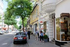 Fotos aus den Hamburger Stadtteilen und Bezirken - Bilder aus Hamburg St. Georg, Bezirk Hamburg Mitte; denkmalgeschützte Gebäude in der Langen Reihe 50 - Wohnhaus errichtet um 1800.