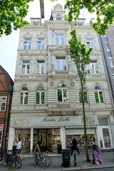 Fotos aus den Hamburger Stadtteilen und Bezirken - Bilder aus Hamburg St. Georg, Bezirk Hamburg Mitte; Wohngeschäftshaus in der Langen Reihe - erbaut 1890, Architekt Georg Radel.