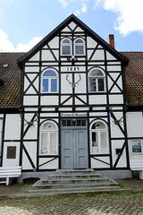 Friedrichsruh ist ein Ortsteil der Gemeinde Aumühle, Kreis Herzogtum Lauenburg in Schleswig-Holstein; Bismarck-Museum.