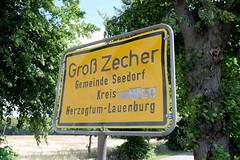Groß Zecher ist ein Ortsteil der Gemeinde Seedorf im Kreis Herzogtum Lauenburg in Schleswig-Holstein.