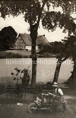 Historische Ansicht aus den Hamburger Vierlanden - Blick über die Dove-Elbe.