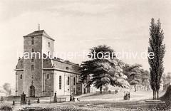 Historische Ansicht der Ottensener Christianskirche. Damen mit Sonnenschirm gehen spazieren, ein Kind spielt mit einem Hund. Rechts vom Kirchengebäude das Grab Klopstocks - Personen stehen davor.