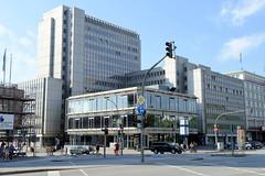 Bilder aus dem Hamburger Stadtteil St. Georg, Bezirk Mitte; Geschäftshäuser an der Kurt-Schumacher-Allee / Hammerbrookstraße.