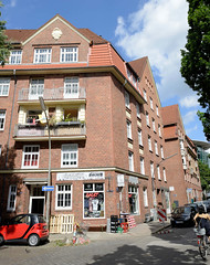 Fotos aus dem Hamburger Stadtteil Neustadt, Bezirk Hamburg Mitte;  Wohnhäuser am Herrengraben / Rehhoffstraße.