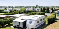 Fotos aus dem Hamburger Stadtteil Ochensenwerder, Bezirk Bergedorf. Blick über den Campingplatz / Wohnwagenanlage Oortkatener See.