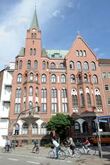 Fotos aus dem Hamburger Stadtteil Neustadt, Bezirk Hamburg Mitte; Gustav Adolf Kirche in der Ditmar Koel Straße. Die schwedische Kirche wurde 1907 gebaut, Architekt T. Yderstadt.