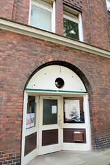 Fotos aus dem Hamburger Stadtteil Neustadt, Bezirk Hamburg Mitte.  Wohnhaus in der Rehhoffstraße; errichtet 1913, Architekten Behrens + Vincenz - das Gebäude steht unter Denkmalschutz.