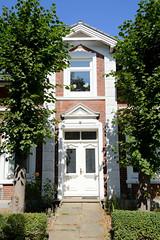 Fotos aus dem Hamburger Stadtteil Ochensenwerder, Bezirk Bergedorf. Wohnhaus im Baustil der Gründerzeit im Ochsenwerder Elbdeich.