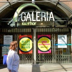 Fotos aus der Hamburger Innenstadt, City; Stadtteil Altstadt - Bezirk Mitte. Die Galeria Kaufhof Filiale an der Hamburger Mönckebergstraße wird 2020 geschlossen - der Räumungsverkauf hat begonnen.
