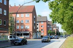 Fotos aus dem Hamburger Stadtteil Borgfelde, Bezirk Hamburg Mitte; Wohnblock im Baustil der 1960er Jahre an der Bürgerweide.