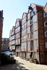Fotos aus der Hamburger Innenstadt, City; Stadtteil Altstadt - Bezirk Mitte. Historische Speichergebäude in der Reimerstwiete - errichtet in der 2. Hälfte des 18. Jahrhunderts.
