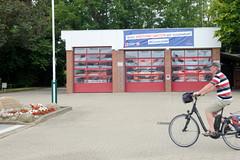 Curslack ist ein Stadtteil  im Bezirk Hamburg Bergedorf. Curslack ist einer der vier Stadtteile, die zusammen die Hamburger Vierlande bilden. Gebäude der Freiwilligen Feuerwehr Curslack - Aufruf zur Corona-Bewältigung.