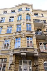 Fotos aus dem Hamburger Stadtteil Neustadt, Bezirk Hamburg Mitte; Wohngeschäftshaus an der Ditmar Koel Straße / Johannisbollwerk, erbaut um 1904.