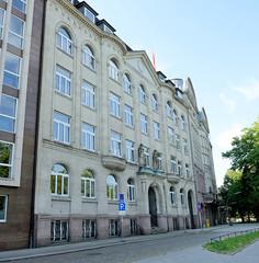 Bilder aus dem Hamburger Stadtteil St. Georg, Bezirk Mitte. Verwaltungsgebäude der GEG am Besenbinderhof; errichtet 1907.