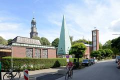 Fotos aus dem Hamburger Stadtteil Neustadt, Bezirk Hamburg Mitte. Kirchtürme in der Ditmar-Koel-Straße - Norwegische Kirche, Dänische Seemannskirche und St. Michaeliskirche.