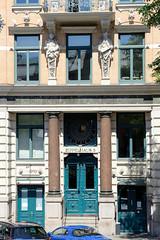 0865otos aus der Hamburger Innenstadt, City; Stadtteil Altstadt - Bezirk Mitte. Denkmalgeschütztes Wohngeschäftshaus / Frachtenhaus in der Straße Zippelhaus; errichtet 1890/91 - Architekt Hinirch Fitschen.