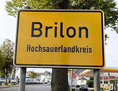Brilon  ist eine Stadt im östlichen Sauerland von Nordrhein-Westfalen.