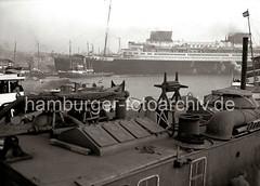 Vierschrauben Schnelldampfer EUROPA - Reederei Norddeutscher Lloyd; ca. 1930.