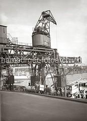Dreifachkran am Chilekai des Oderhafens - Laufkatzen; ca. 1934.