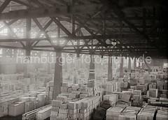 Lagerschuppen am Südwesthafen / Indiahafen - Verteilungsschuppen, Kistenlagerung; ca. 1931.