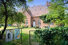 Grebbin ist ein Ortsteil der Gemeinde Obere Warnow im Landkreis Ludwigslust-Parchim in Mecklenburg-Vorpommern.