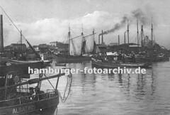 Alte Bilder vom Harburger Hafen - Frachtsegler und Schlepper.