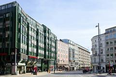 Historische Architektur in der Hamburger Innenstadt, Stadtteil Neustadt. Blick vom Gänsemarkt in den Jungfernstieg.
