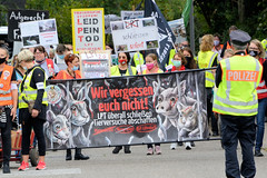 Demonstration beim Laboratory of  Pharmacy and Toxicology,  LPT  am 04.09.20 in Hamburg Neugraben.