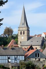 Warburg  ist eine Stadt im Kreis Höxter im Bundesland Nordrhein-Westfalen.