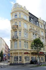 Bilder aus dem Hamburger Stadtteil Neustadt, Bezirk Hamburg Mitte. Eckhaus / Wohnhaus in der Kaiser-Wilhelm-Straße, errichtet 1896 - Architekt Friedrich Lindner.