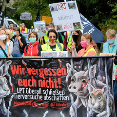 Demonstration beim Laboratory of  Pharmacy and Toxicology,  LPT  am 04.09.20 in Hamburg Neugraben.