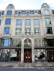 Bilder aus dem Hamburger Stadtteil Neustadt, Bezirk Hamburg Mitte. Historisches Kontorhaus / Holstenhof in der Kaiser-Wilhelm-Straße - errichtet 1901, Architekt Albert Lindhorst.