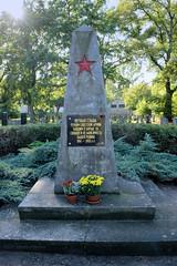 Sowjetische Gedenkstätte, Ehrenfriedhof an der Grabower Allee in Ludwigslust