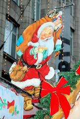 Weihnachtsdekoration in der Hamburger Innenstadt.